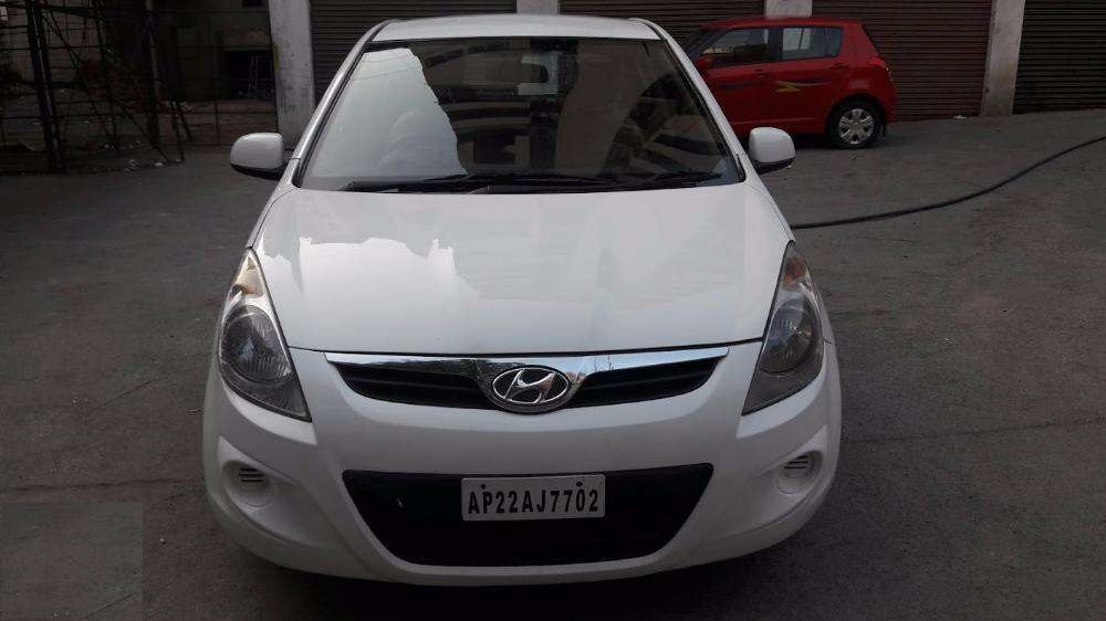 Hyundai i20 Magna Crdi 2012 Model Very Need Conditions ...